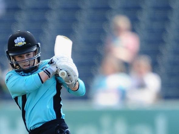 Tammy Beaumont batting for Surrey Stars