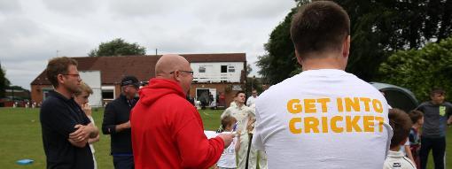 How to volunteer in cricket