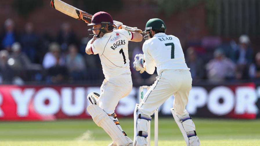 Rogers leads Somerset to victory as leaders battle heats up