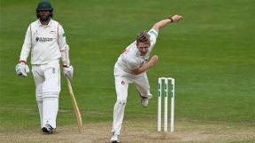Glamorgan poised to win first of the season