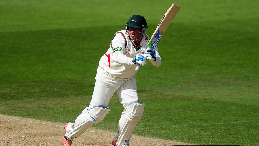 Cosgrove century puts Leicestershire firmly in control