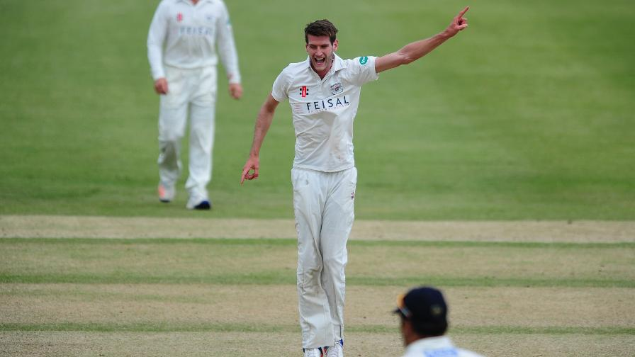 Northants edge ahead despite resolute Payne