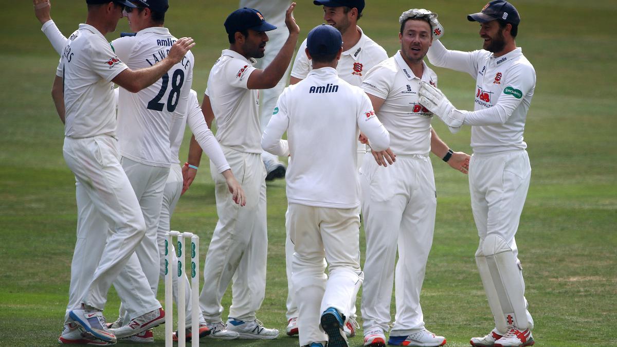 Graham Napier celebrates another wicket