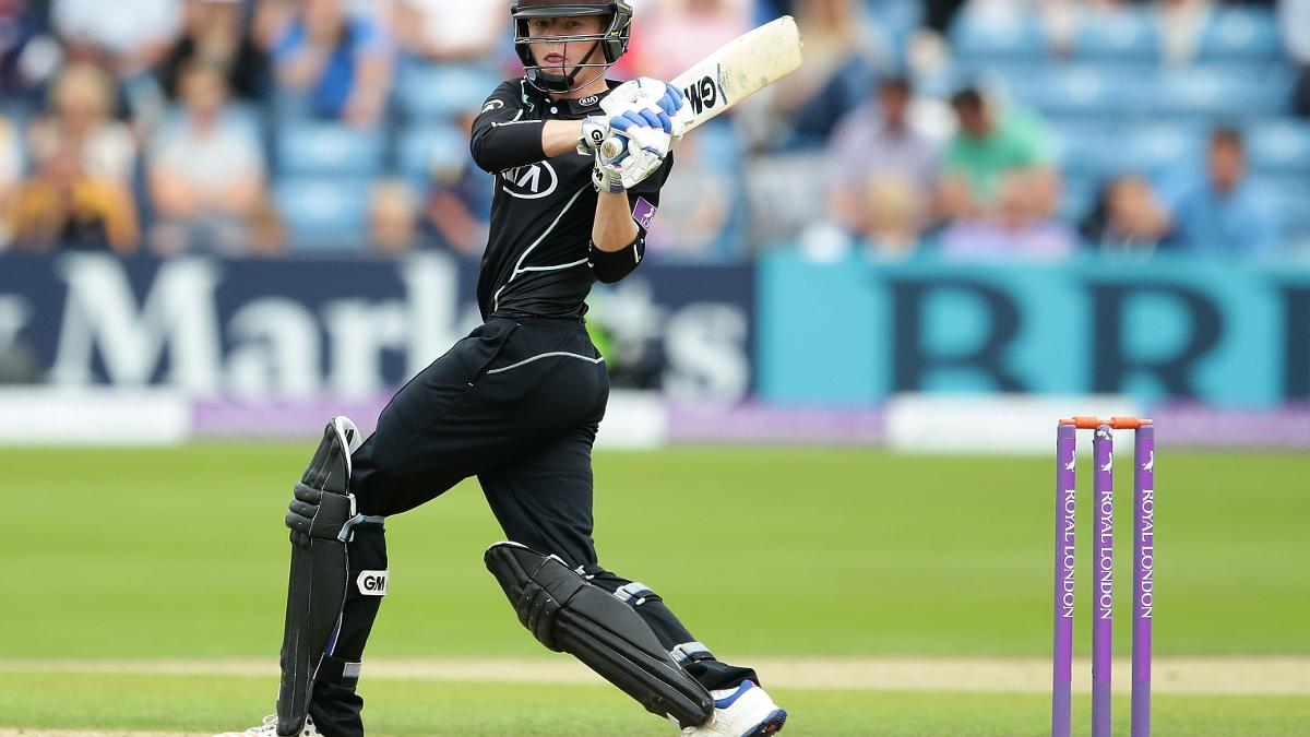 Ollie Pope batting for Surrey against Yorkshire