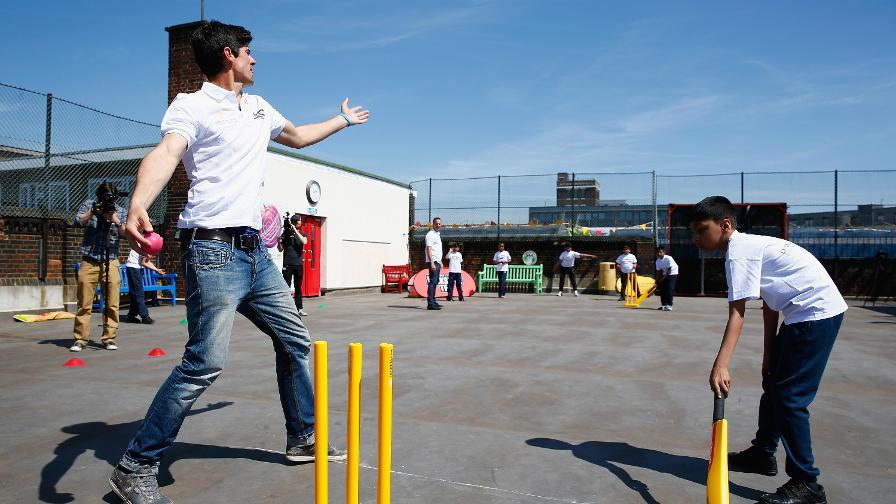 Inspiring a future generation, Alastair Cook playing rooftop cricket with school children in London