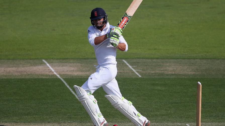 Foakes sets up thrilling last day