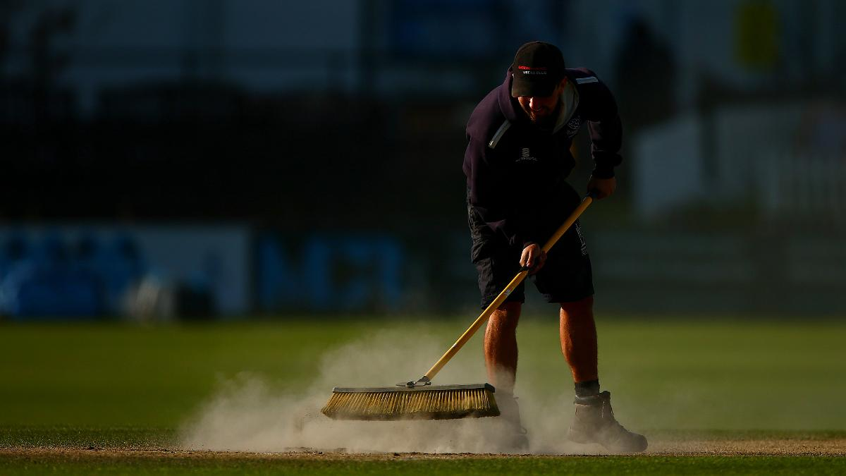 A member of the groundstaff at Hove, Sussex v Leicestershire 2016