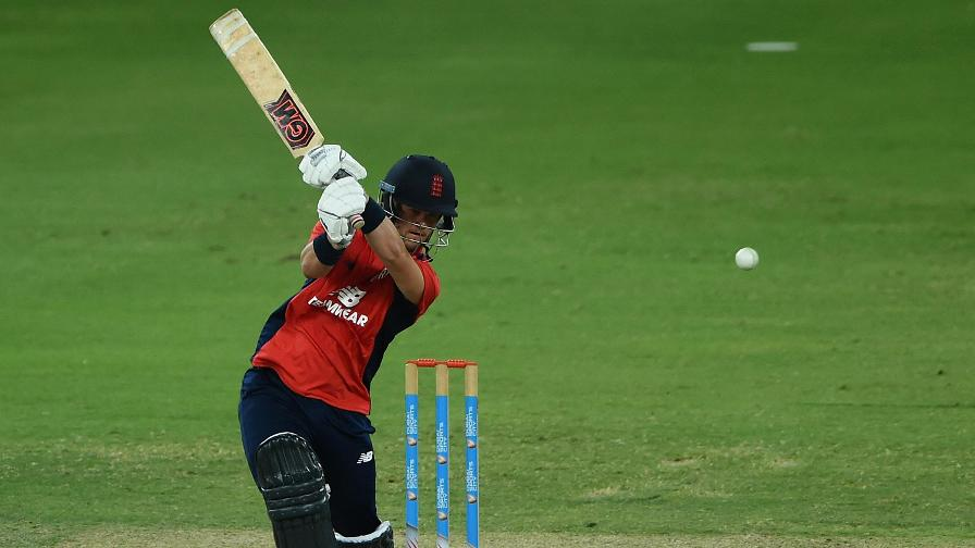 Ben Duckett played aggressively for 64 from 44 balls