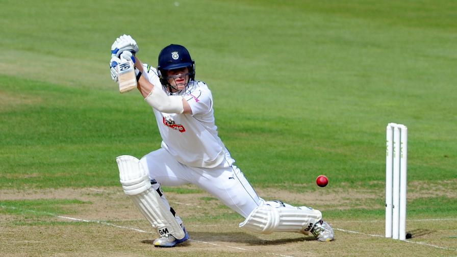 Div One reports: Pair fire Hampshire in control on first day