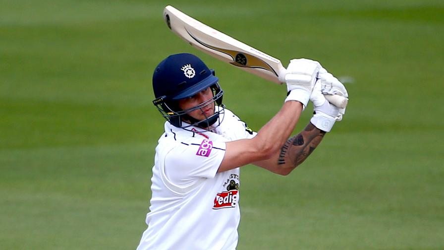 Hampshire hold nerve to seal thriller at Headingley