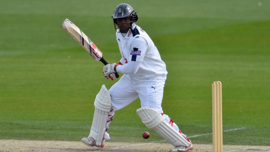 Carberry leads fightback against Middlesex
