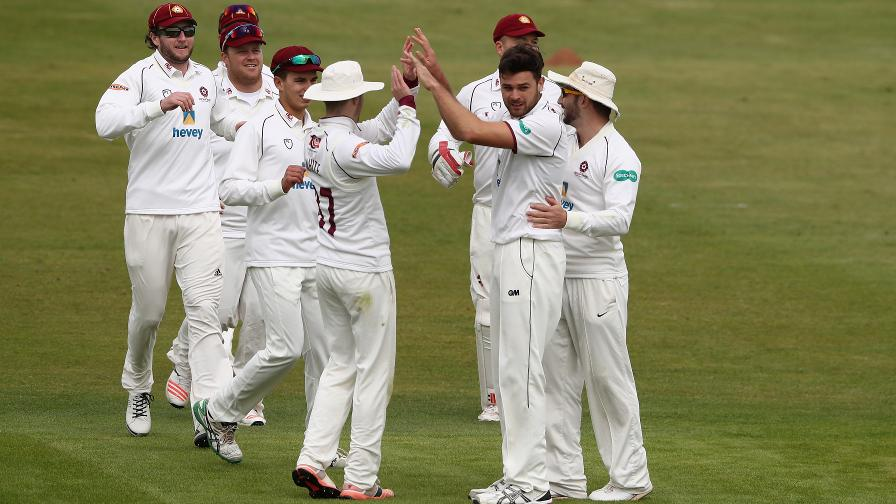 Buck the trend as Northants battle back