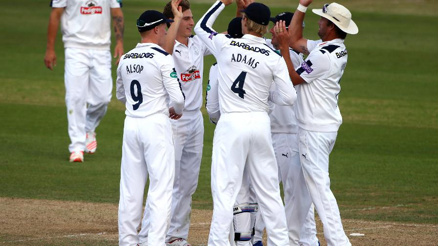 Hampshire push Middlessex in the hunt for victory