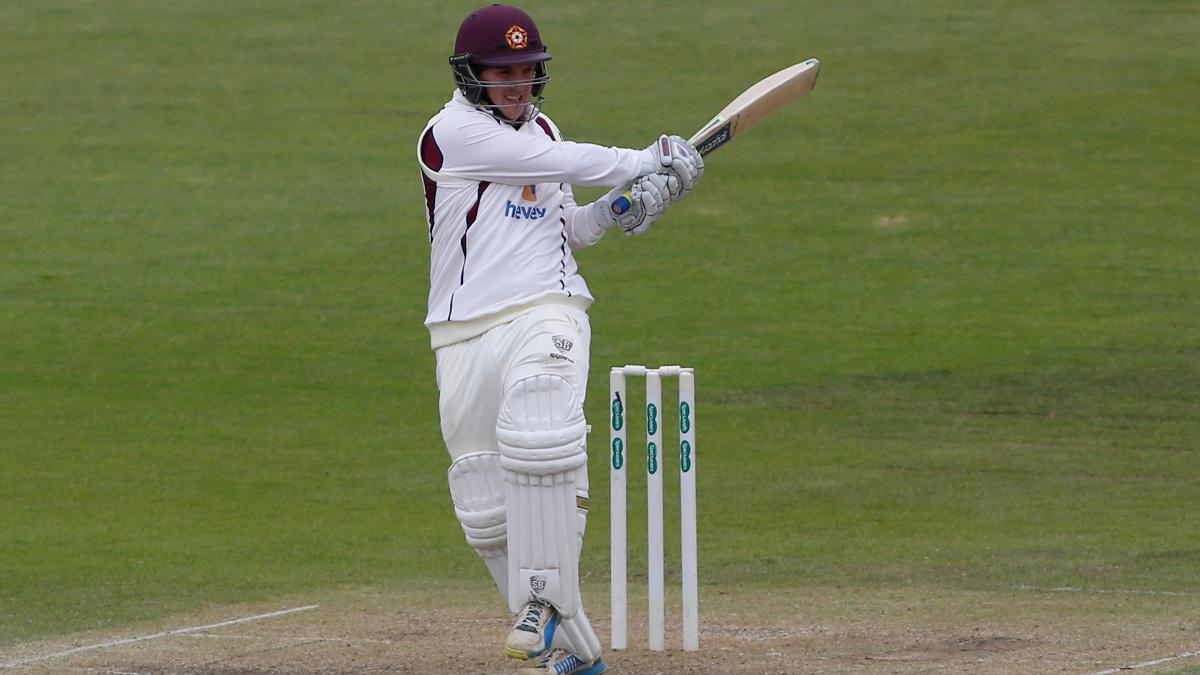 Rob Newton hit a combined 148 runs across both innings to help Northants to victory
