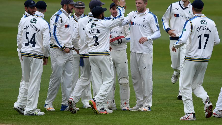 Yorkshire complete impressive win