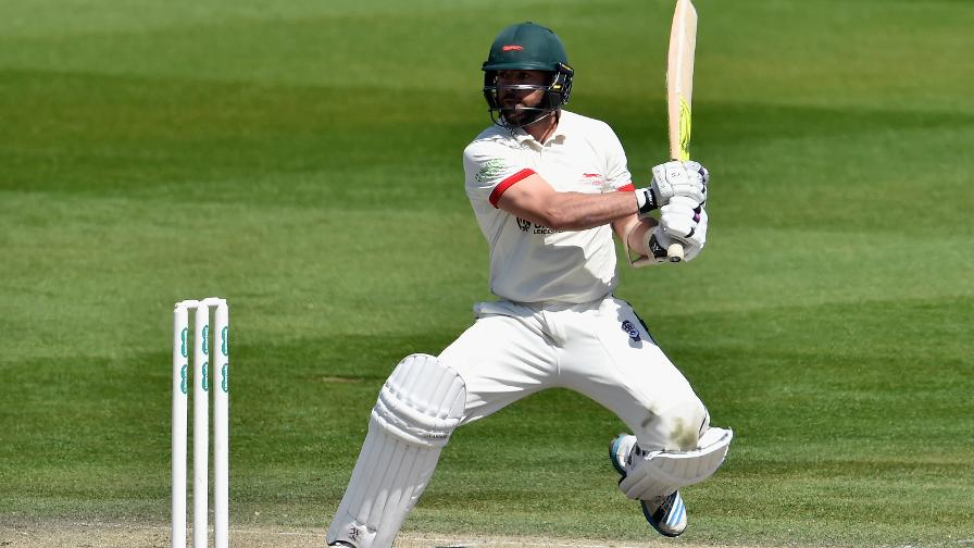 Leicestershire rack up the runs