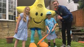 Stuart Broad delivers All Stars Cricket kit