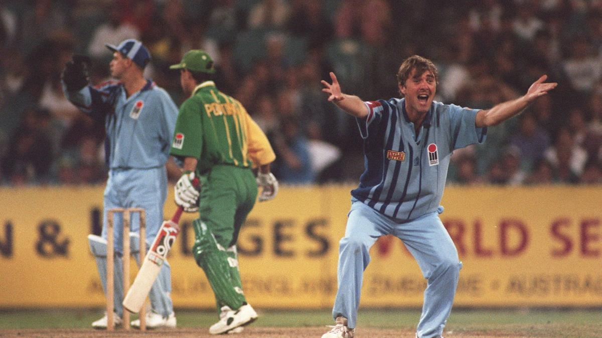 Phil Tufnell appeals for the wicket of a young Ricky Ponting