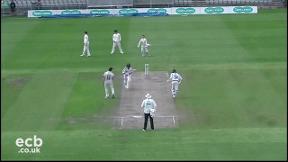 Highlights - Lancashire v Yorkshire Day 2