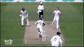 Highlights - Derbyshire v Worcestershire Day 3