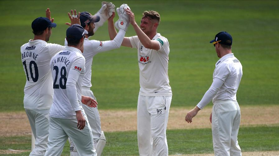 Hampshire collapse in devastating Essex spell