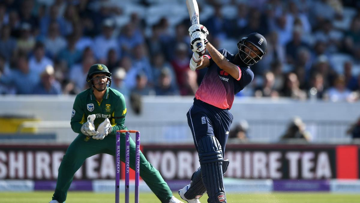 Moeen Ali launches a six over the boundary
