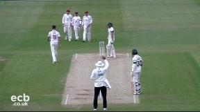 Highlights - Northamptonshire v Worcestershire Day 2