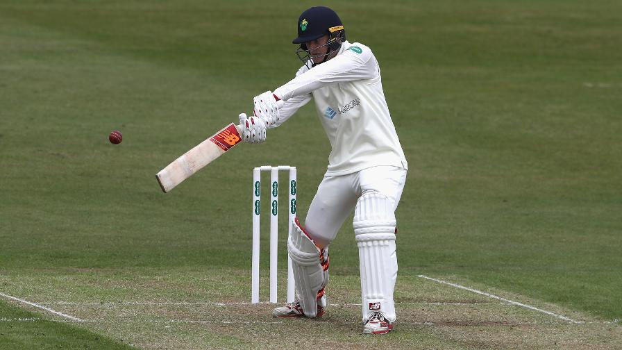 Rain disrupts day two at St Helen's