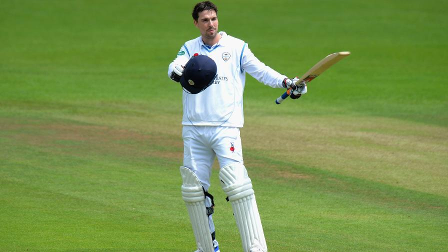 Skipper Godleman sets example for Derbyshire