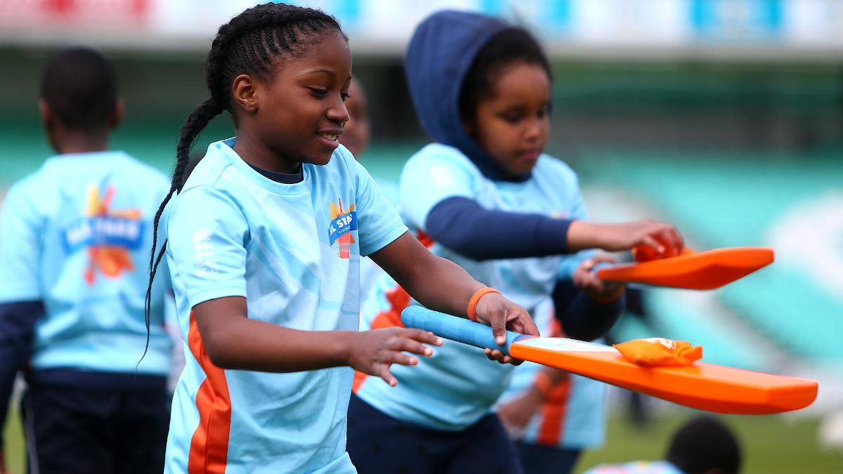 All Stars Cricket kids take part in fun games to help them learn new skills