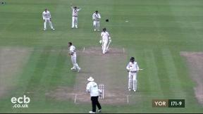 Highlights - Somerset v Yorkshire - Day 1