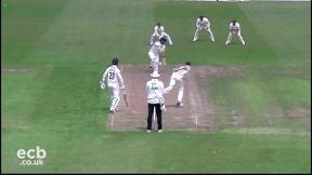 Highlights - Gloucestershire v Nottinghamshire Day 1