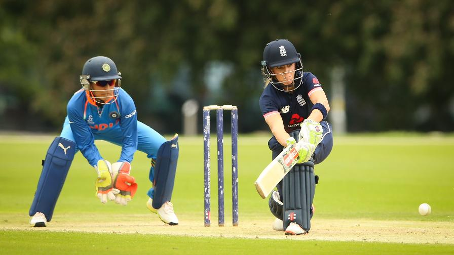Heather Knight returns in style as England Women thrash India