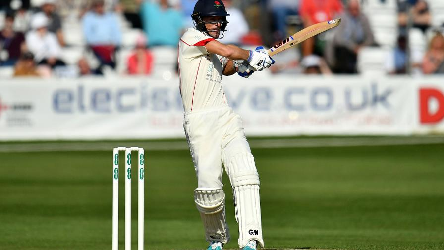 Vilas tickled pink by previous floodlit experience