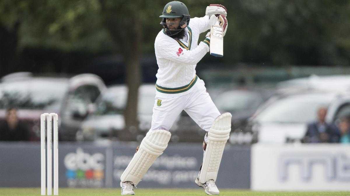 Hashim Amla will resume day two on 16 not out