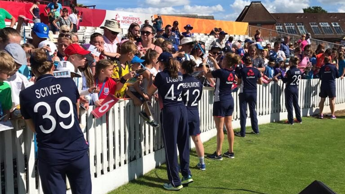 England players had time to sign autographs for enthusiastic Taunton fans after an early win