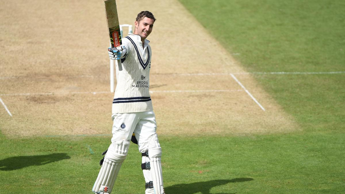 Middlesex's Stevie Eskinazi toasts his ton