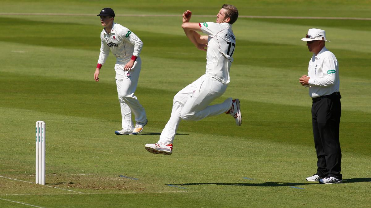 Overton was once again sensational to leave Yorkshire unsteady