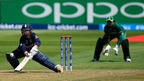Watch Tammy Beaumont hit 148 in World Cup v South Africa