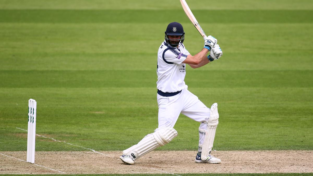 James Vince top scored as Lancashire limped to 149 all out