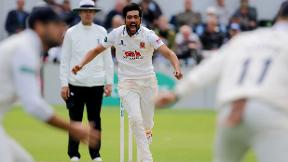 Mohammad Amir takes 10 wickets!