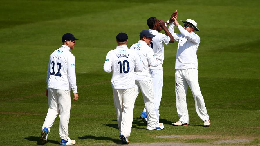 Div Two reports: Sussex seal day three victory
