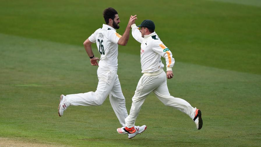 Hero Hutton helps Notts beat Derbyshire