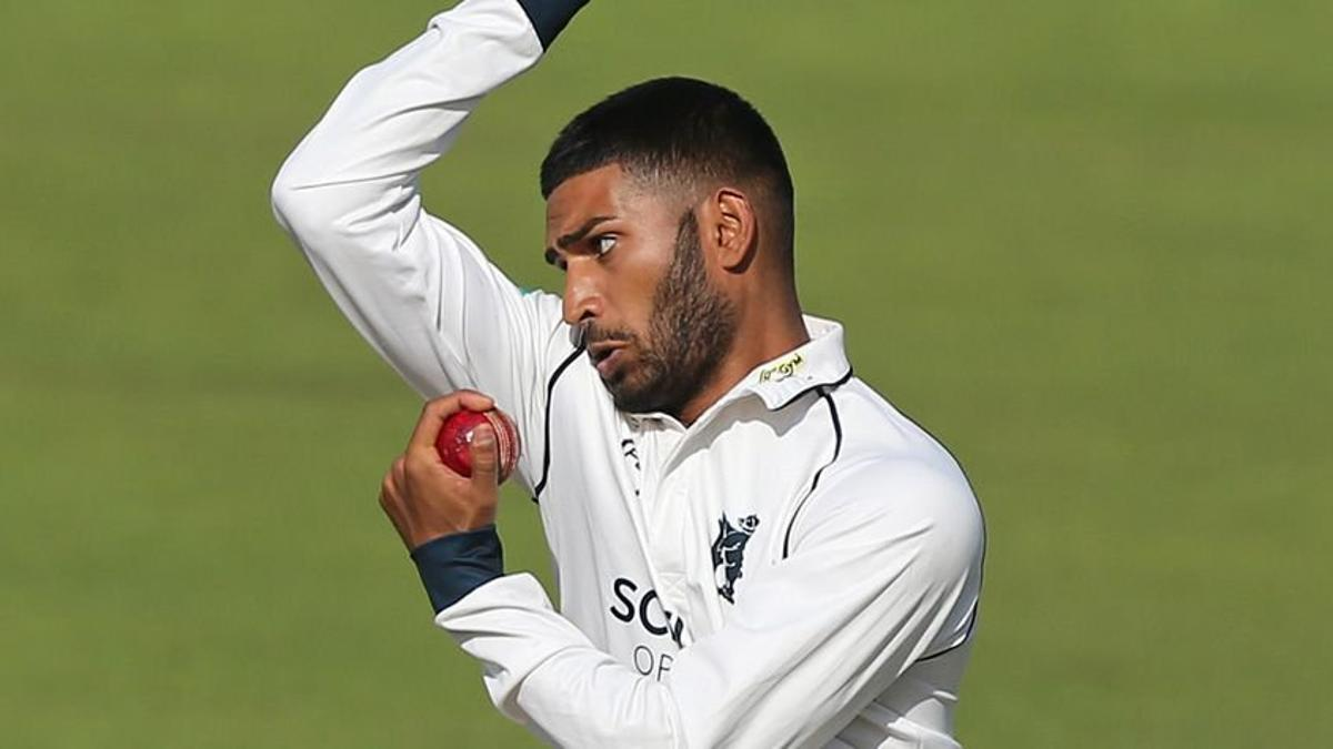 Young spinner Sunny Singh bowls for Warwickshire in a County Championship match having come through the Chance to Shine scheme