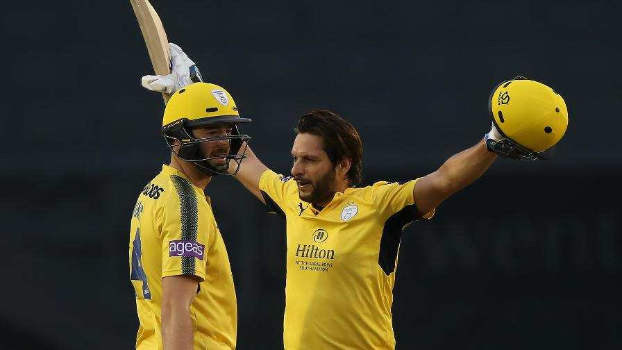 SHAHID FOR SPEED - Afridi pummels the quickest century in this season's NatWest T20 Blast, going to triple figures from 42 balls