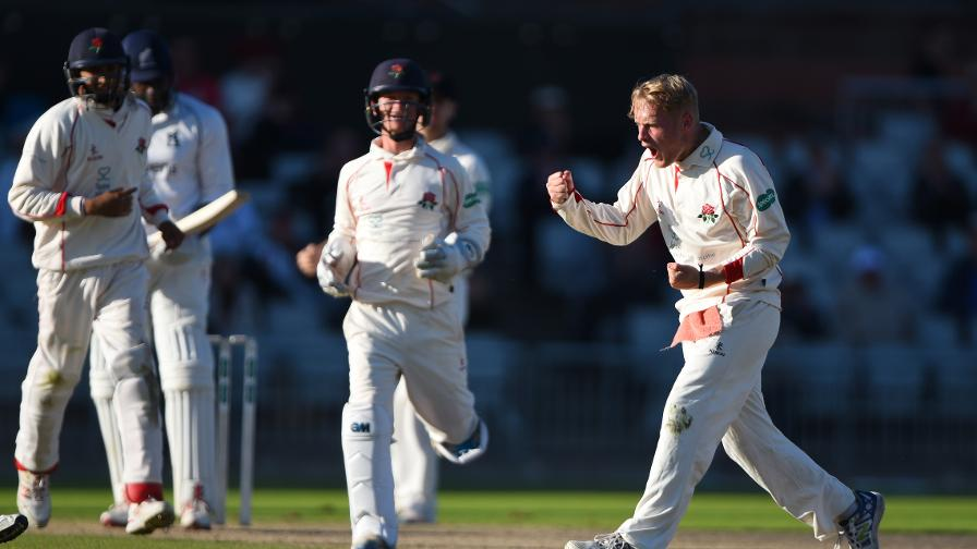 Div One: Porter stars as Essex march on