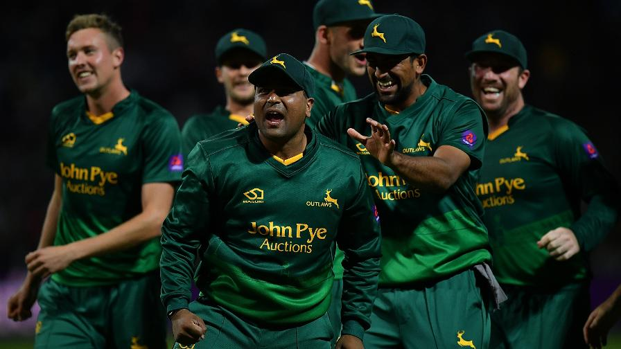 SAMIT STRIKES - Notts Outlaws are on top in the Final