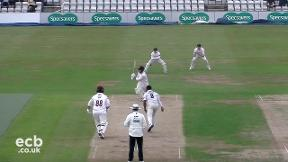Highlights - Northamptonshire v Sussex Day 1