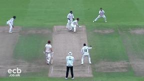 Highlights - Warwickshire v Somerset Day 1