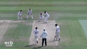 Highlights - Northamptonshire v Sussex Day 3
